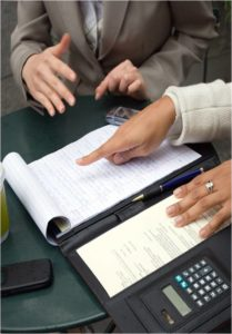 Hiring the right financial expert to help with your divorce